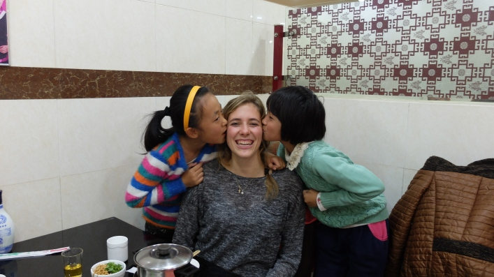 two of Della's students met us in the HOT POT place...:)